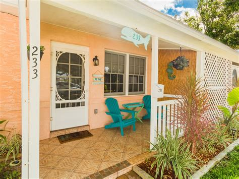 Cocoa Beach Stay Downtown Cottage 233 On Vrbo