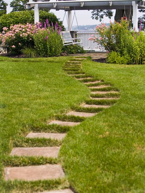 Backyard Walkway Ideas by 10 Stunning Landscape Ideas For A Sloped Yard Page 6 Of
