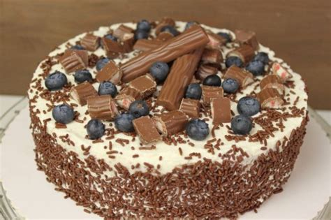 kinder torten backen kinder maxi king torte backen leckere torten rezepte