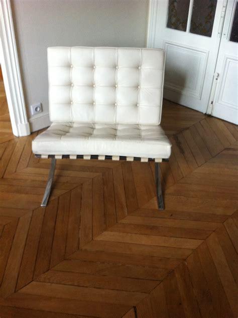 fauteuil barcelona de mies der rohe l atelier 50 boutique vintage achat et vente