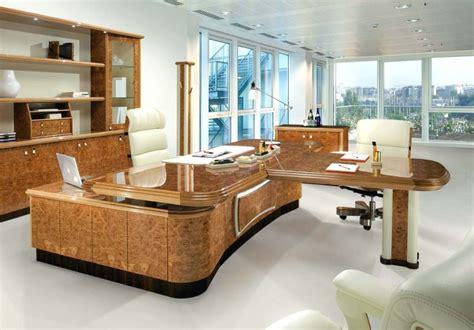 grand bureau bureau grand grand bureau construit avec palettes 5
