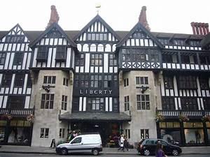 Liberty Kaufhaus London : libertys store london regent street shop e architect ~ Markanthonyermac.com Haus und Dekorationen