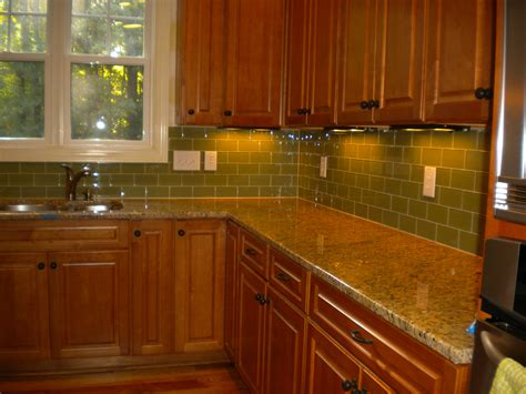 green tile backsplash kitchen home decoration amazing subway tile in kitchen with
