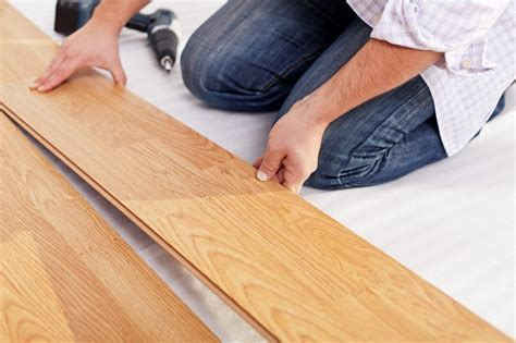 Laminate Flooring: 2019 Fresh Reviews, Best Brands, Pros