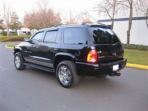 2001 Dodge Durango R  T 5 9l 4x4 3rd Seat    Leather    Fully