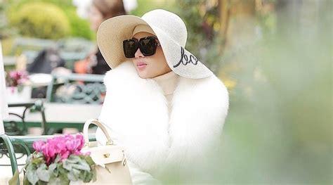 topi hingga gantungan tas ini sederet barang mahal