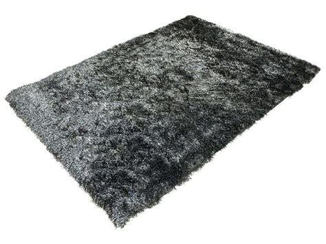 tapis 120x170 cm glitter coloris noir vente de tapis conforama