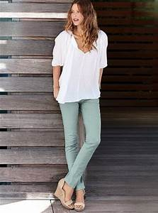 Nice, simple outfit - skinny pant, loose blouse, and wedge ...