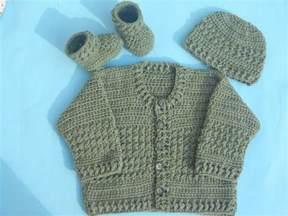 Free Easy Crochet Baby Sweater Pattern