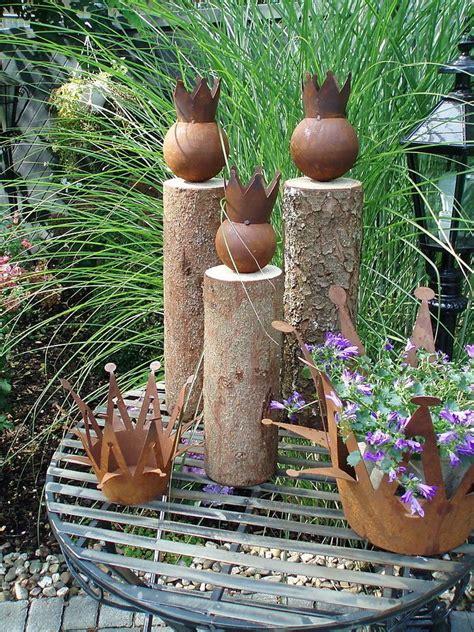 Gartendeko Holz Eisen by Tolle Gartendeko K 246 Nig Auf Baumstamm Holz Eisen Rost