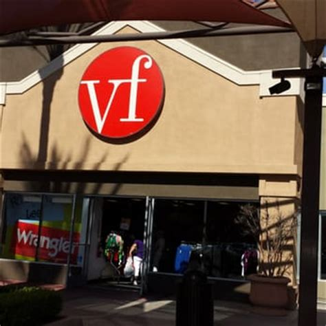 Vanity Fair Outlet Hours by Vf Outlet S Clothing 17600 Collier Ave Lake