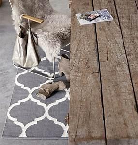 Schwarz Weißer Teppich : best 25 wei er teppich ideas on pinterest wei e teppiche teppich grau wei and graue teppiche ~ Orissabook.com Haus und Dekorationen