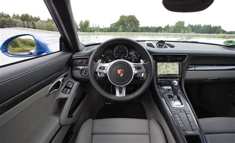porsche carrera interior 2017 2017 porsche 911 retain the classic shape mustcars com