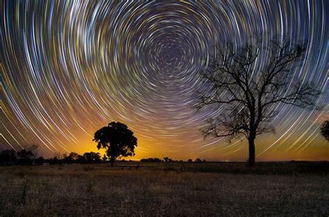 stunning long exposure shots  australian star trails
