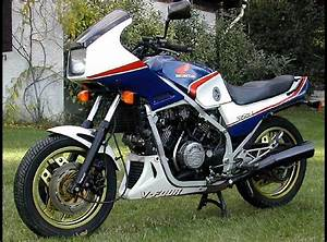 Honda Vf 750 : 35 best images about tamiya 1 12 honda vf750f on pinterest bikes still in love and motorcycles ~ Melissatoandfro.com Idées de Décoration