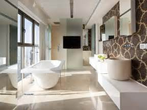 pretty bathrooms ideas bloombety beautiful tile bathroom with deluxe bathtub