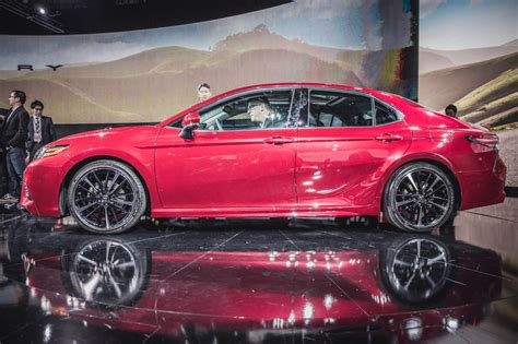 The 2021 toyota camry takes the midsize sedan with all its convenience and evolves it for the better. Toyota Camry 2018: Meistgekaufter Pkw der USA