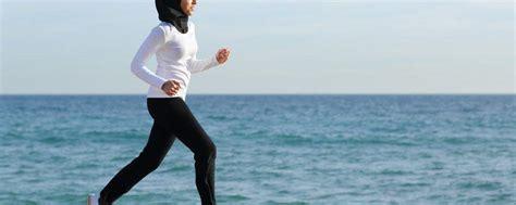 Bayi Aborsi 5 Tips Tetap Olahraga Saat Puasa Hello Sehat
