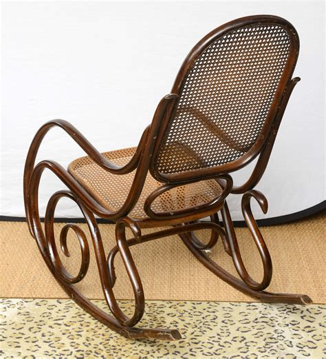 vintage thonet bentwood rocking chair at 1stdibs