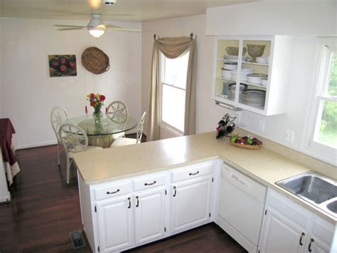 cost to cabinets painted painting kitchen cabinets white cost
