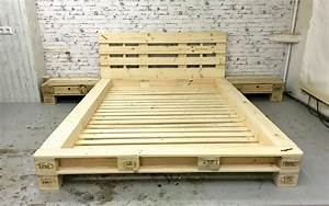 Bett Aus Europaletten Kaufen : palettenbett mit lattenrost die sch nsten einrichtungsideen ~ Michelbontemps.com Haus und Dekorationen