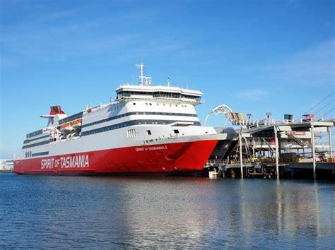 Dna Boats For Sale Australia by Port Melbourne Port Phillip Bay