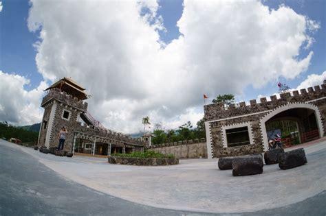 wisata  hits jogja   lost world castle