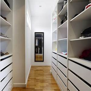 Begehbarer Kleiderschrank Weiß : begehbarer kleiderschrank f rs schlafzimmer planen ~ Orissabook.com Haus und Dekorationen