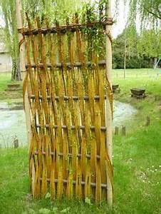 Fauteuil en osier vivant un jardin breton en mars 08 for Decoration pour jardin exterieur 1 vannerie exterieure haie vivante en osier tresse abri