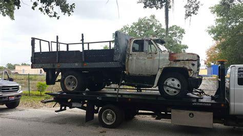 Car Dump Yard by Junk Yard We Buy All Junk Car
