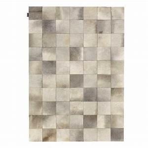 Tapis Beige Salon : tapis de salon prestige beige en cuir de vache style patchwork par angelo ~ Teatrodelosmanantiales.com Idées de Décoration