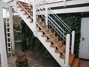 Stahltreppe Mit Holzstufen : balkone carsten schr der bauschlosserei metallbau ~ Michelbontemps.com Haus und Dekorationen