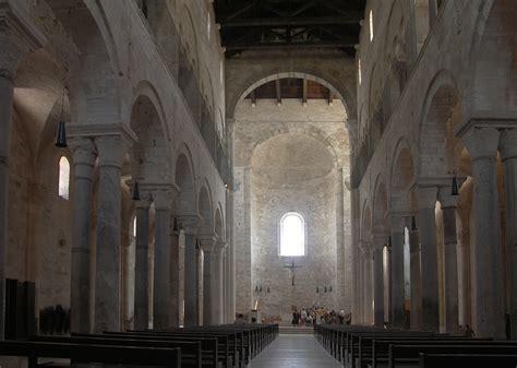 Cattedrale Di Trani Interno - cattedrale di trani visioni