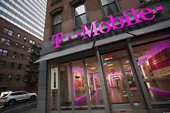 Woman sues T-Mobile after employees allegedly snoop on racy private video…