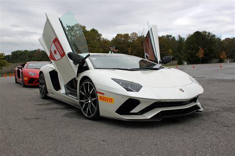 2017 Lamborghini Aventador S Track Test