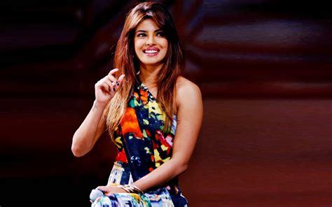 Priyanka Chopra Beautiful Hd Wallpaper