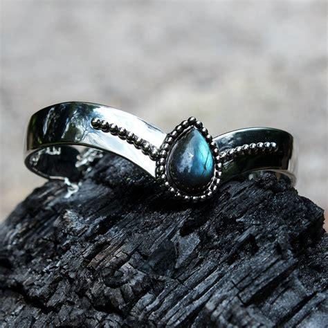 persephone labradorite bracelet  images silver