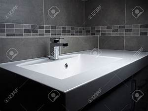 Lavabo Salle De Bain : fantaisie carrelage salle de bain avec lavabo salle de ~ Dailycaller-alerts.com Idées de Décoration
