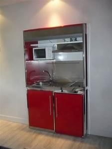 montage d39un meuble metalique avec frigo plaque With mini hotte aspirante cuisine
