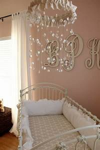 davausnet lustre chambre fille but avec des idees With chambre bébé design avec vente de fleurs pour association