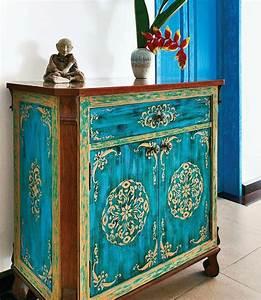 Repeindre Un Meuble Sans Poncer : comment repeindre un meuble en bois vernis ~ Dailycaller-alerts.com Idées de Décoration