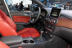 Mercedes Classe A 200 Moteur Renault : le nouveau moteur 1 5 dci renault sur le stand mercedes photo 14 l 39 argus ~ Medecine-chirurgie-esthetiques.com Avis de Voitures