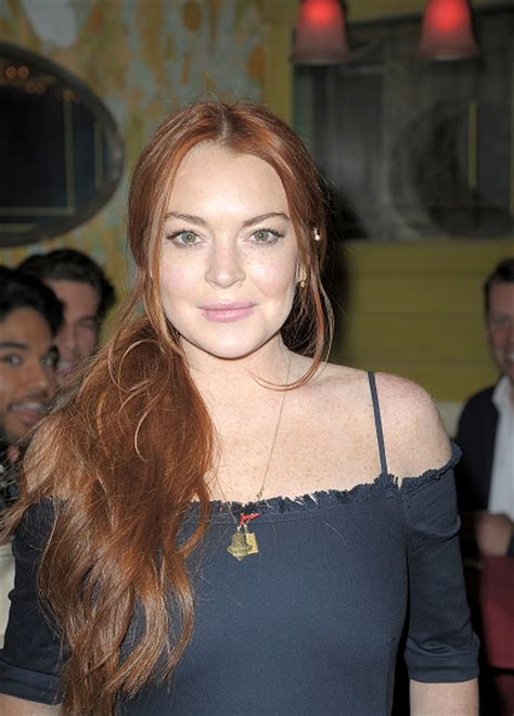 lindsay lohan  offering   movies