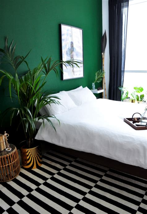 Bedroom Decorating Ideas Yellow And Green by 26 Awesome Green Bedroom Ideas House And Home Green