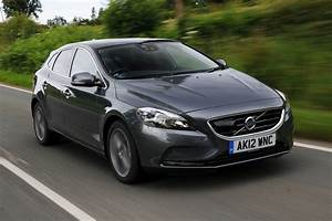Fiabilité Volvo V40 : volvo v40 d3 review auto express ~ Gottalentnigeria.com Avis de Voitures