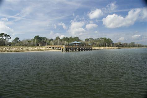 park waterfront intracoastal waterway coast palm florida trail