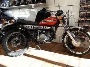 Magasin Moto Toulon : r novation de moto et scooter sur toulon l 39 atelier du 2 roues ~ Medecine-chirurgie-esthetiques.com Avis de Voitures