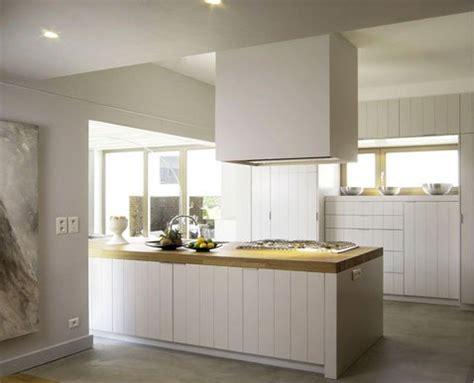 ikea logiciel cuisine déco cuisine couleur blanc plan de travail chêne clair