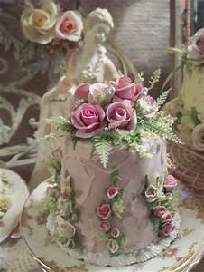 (Diana) SHABBY COTTAGE ROSE DECORATED FAKE CAKE CHARMING ...