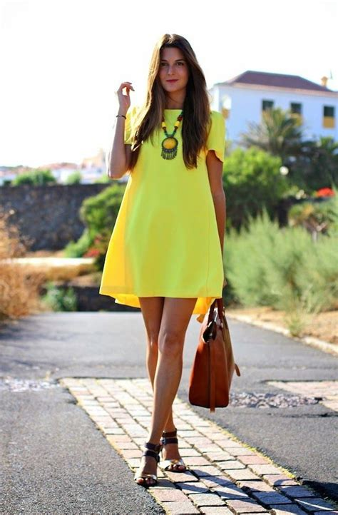 Neon Outfit Ideas u2013 How To Wear Neon 2018 | FashionTasty.com